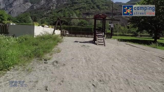 Camping-La-Piscine BOURG-D-OISANS Auvergne-Rhone-Alpes France